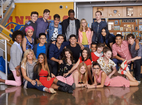 rs_560x415-140929095114-1024.degrassi-cast-shot