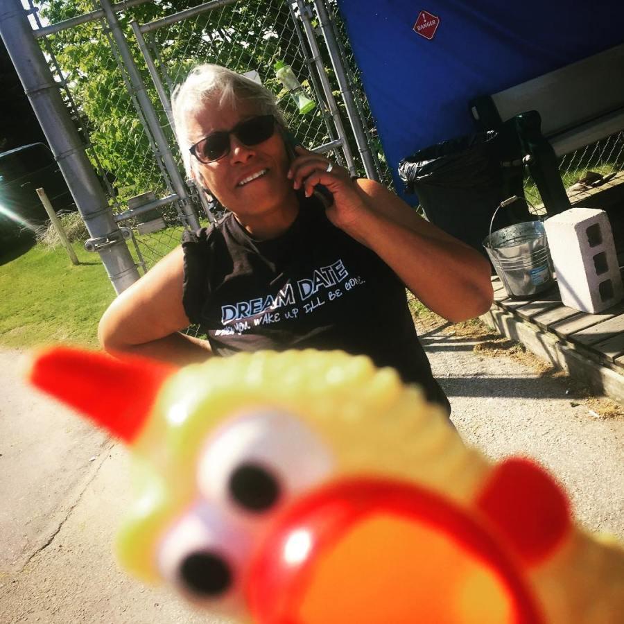 Aaaaand heeee's baaaaack! #photobombingchicken Say hello to Karen! #degrassi #nextclass #props #DExt's